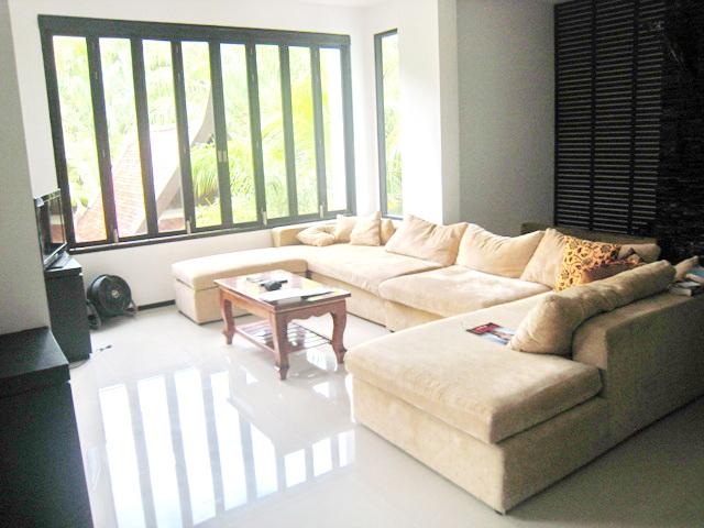 Trendy Thai style Pool Villa for Sale-v1_4661_c.jpg