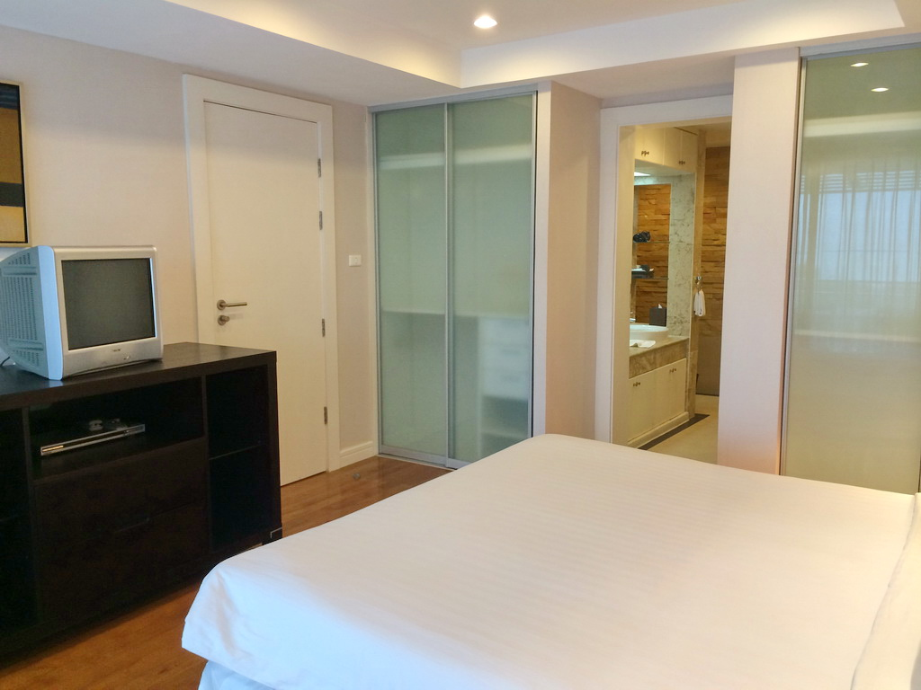 2 Bedrooms ocean view apartment for sale-v1_4615_acpw092-09.jpg