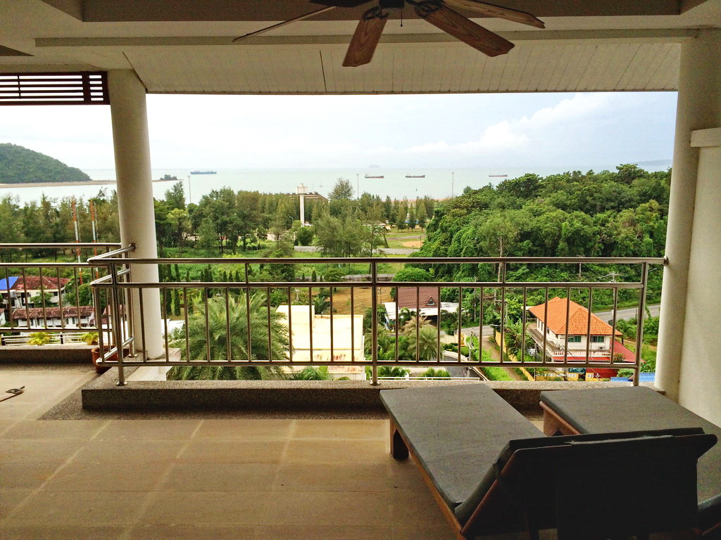 2 Bedrooms ocean view apartment for sale-v1_7127_acpw092-02.jpg