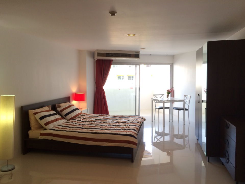 Studio apartment in Patong for rent-v1_2273_c.jpg
