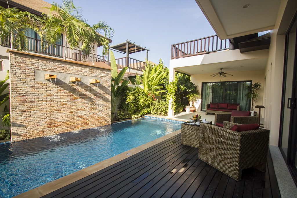 Modern pool villa in Rawai for rent