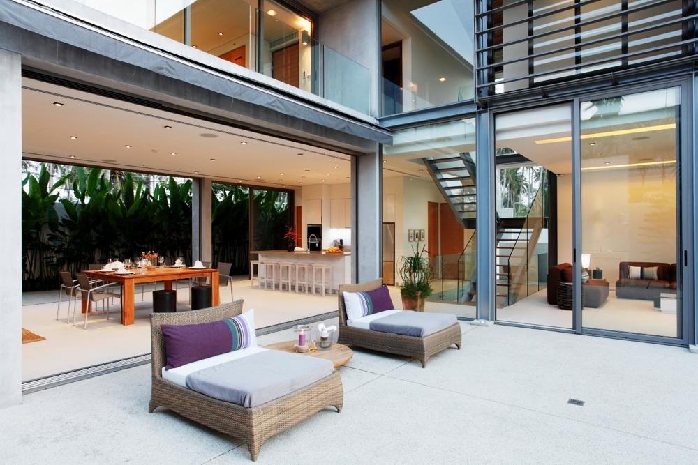 Luxury Villa in Beachfront Estate-v1_8496_5.jpg