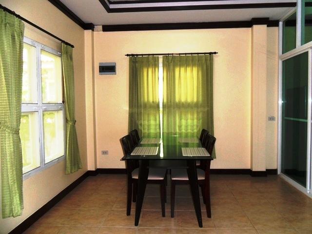 Charming house in Kathu for rent-v1_2573_e.jpg