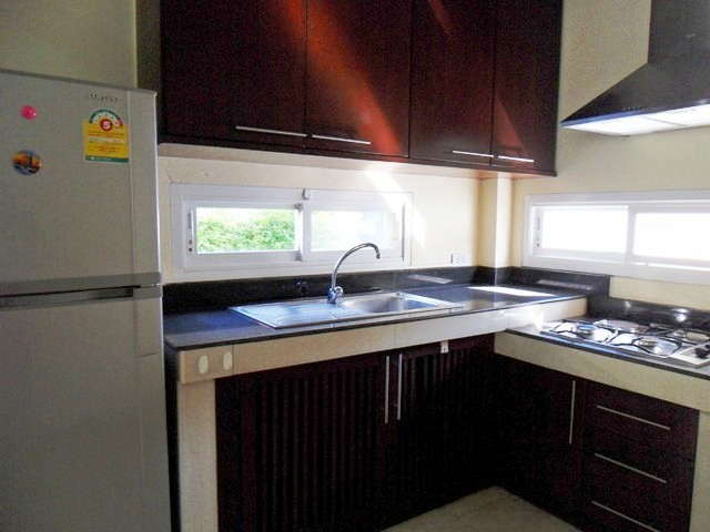 Charming house in Kathu for rent-v1_3690_f.jpg
