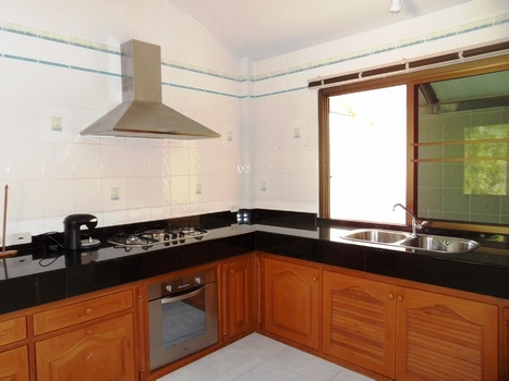 HOT !!! Family house in natural quiet environment for rent-v1_2499_d.jpg