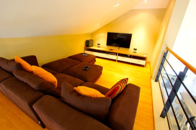 Patong:  5 Bedrooms Ocean View Villa For Rent