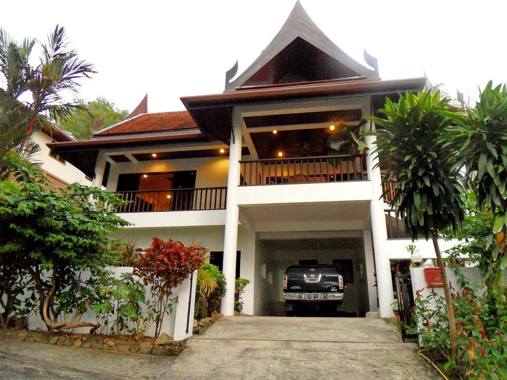 immobilien zum verkauf 3 schlafzimmer villen h user zum verkauf in patong phuket thailand. Black Bedroom Furniture Sets. Home Design Ideas