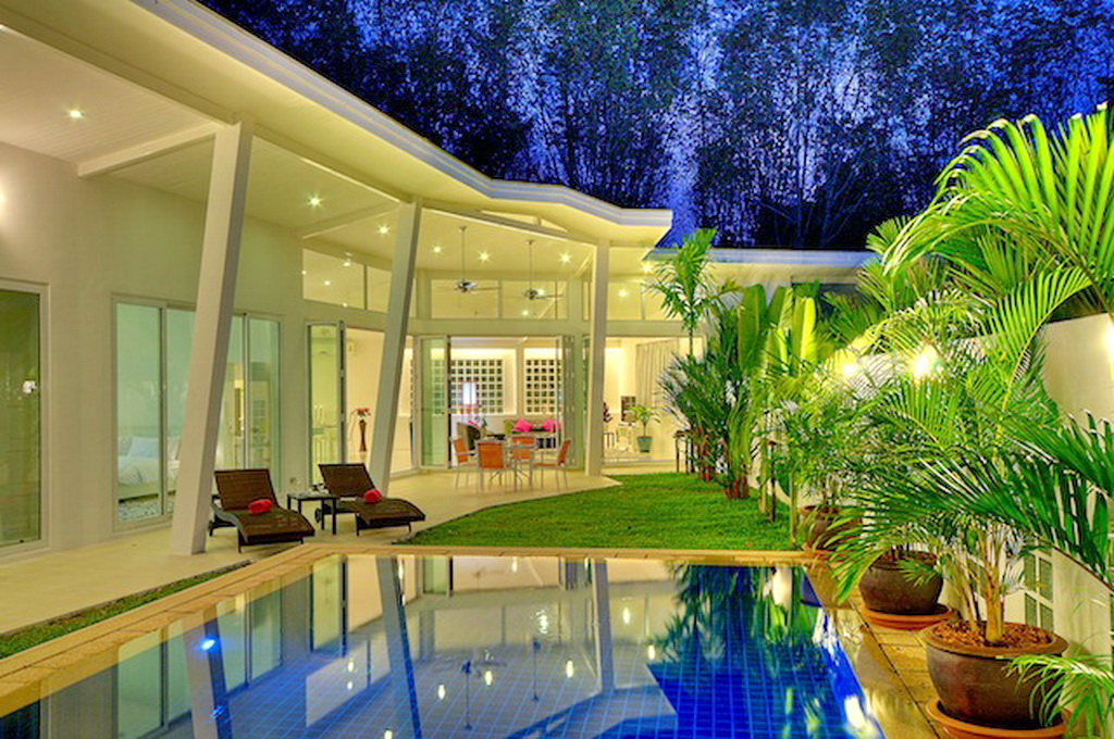 Brand New Modern Pool Villa for Rent