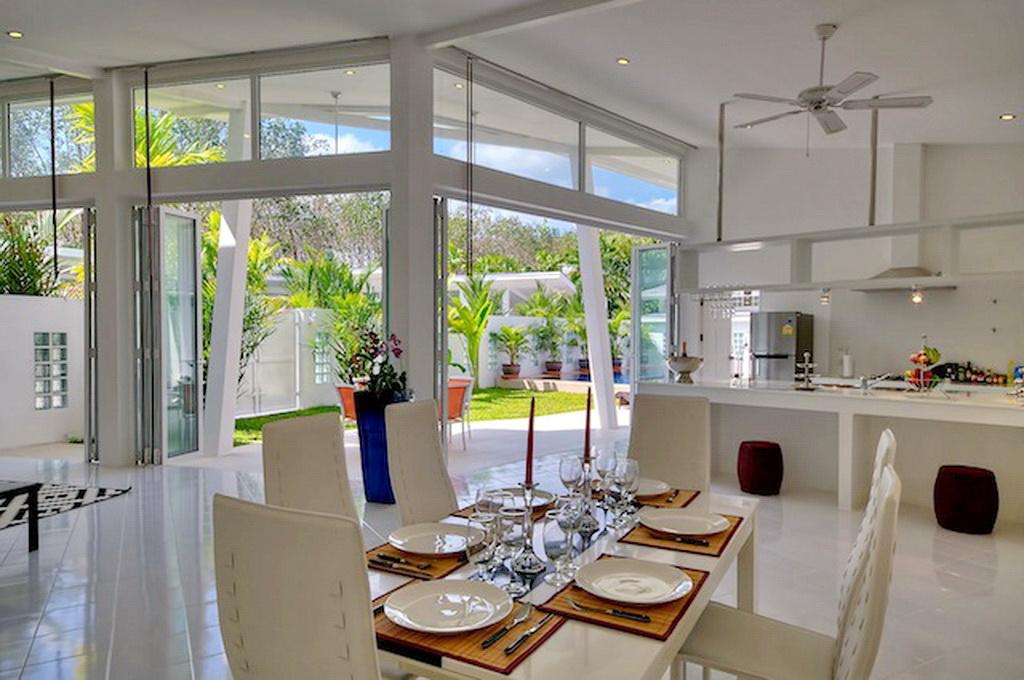 Brand New Modern Pool Villa for Rent-v1_3889_f.jpg