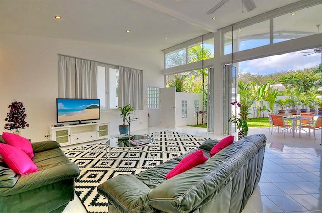 Brand New Modern Pool Villa for Rent-v1_8762_d.jpg