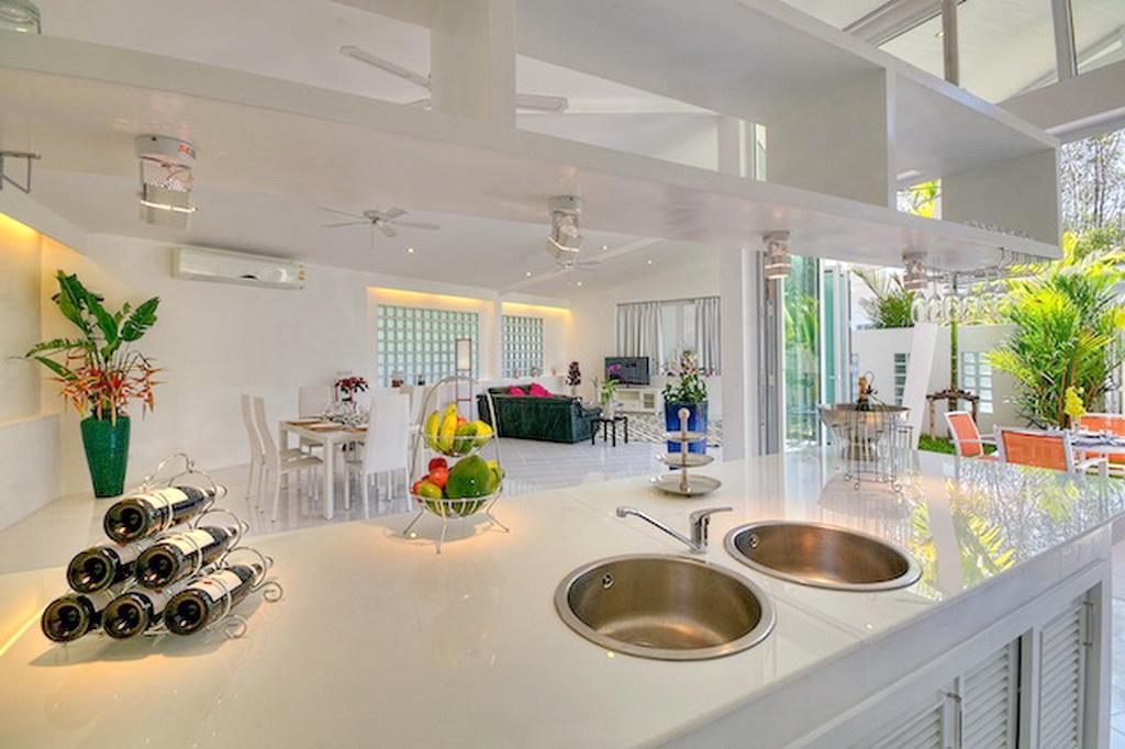 Brand New Modern Pool Villa for Rent-v1_9180_i.jpg