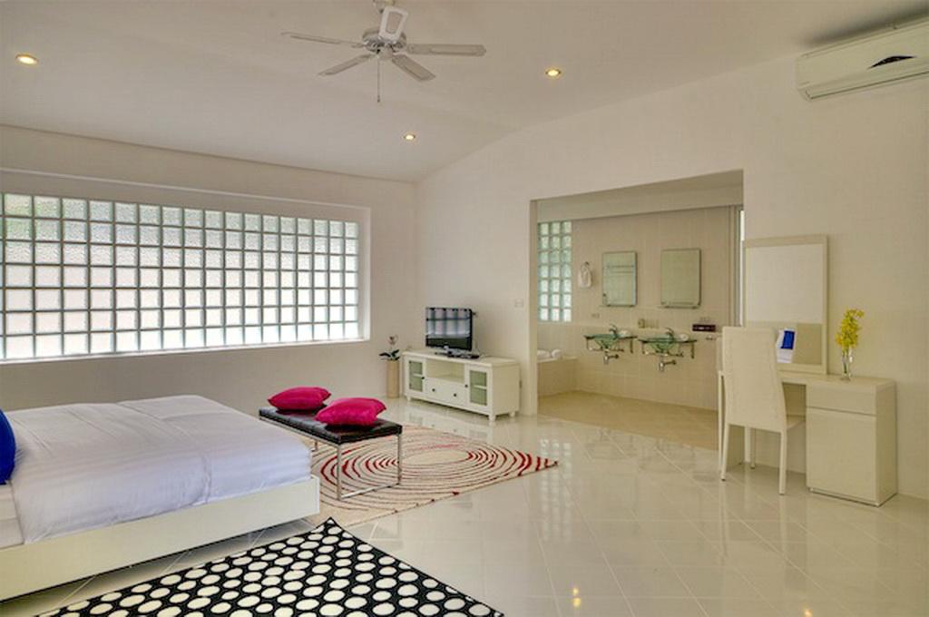 Brand New Modern Pool Villa for Rent-v1_9366_l.jpg