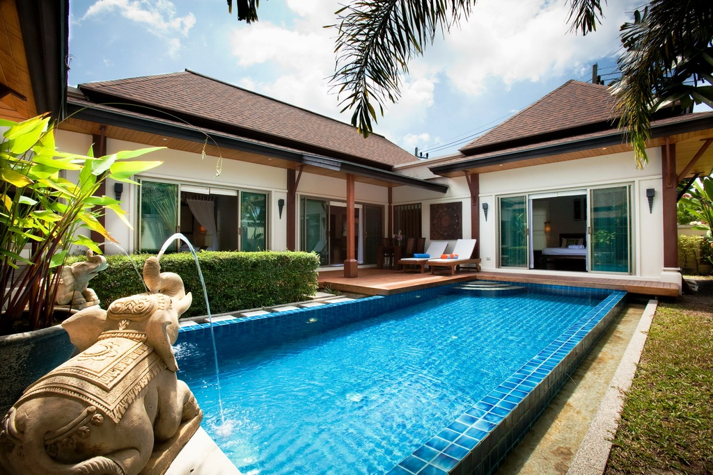 Private pool villa in Nai Harn for rent-v1_7544_a.jpg