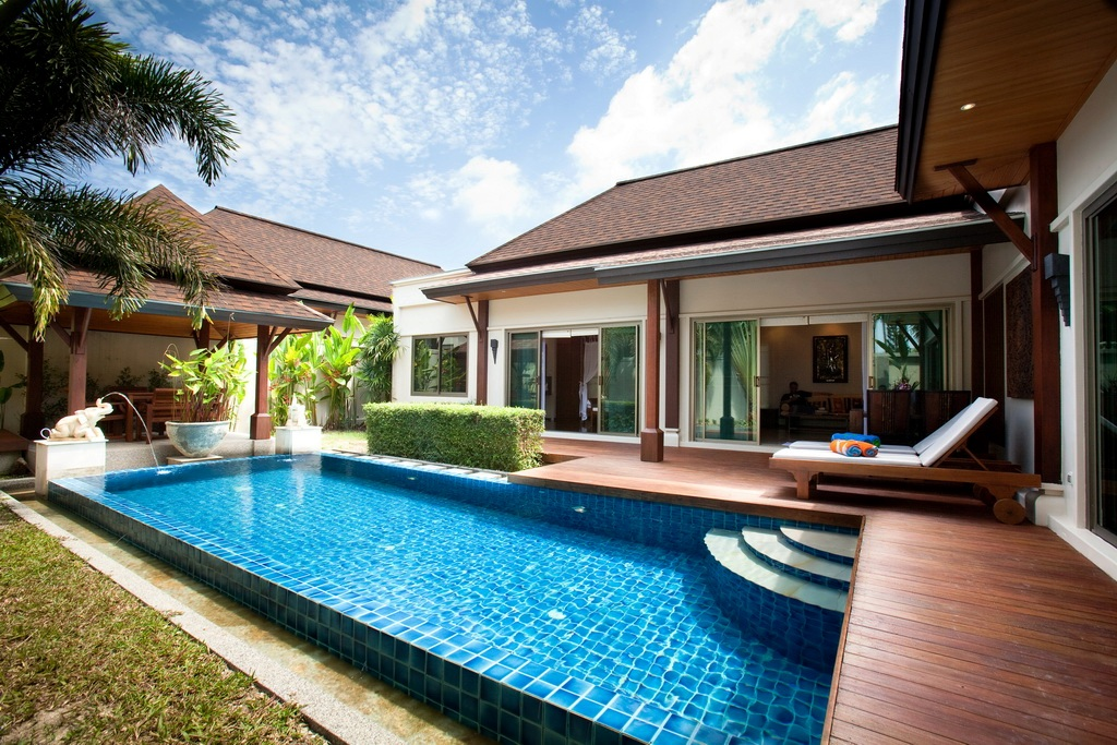 Private pool villa in Nai Harn for rent