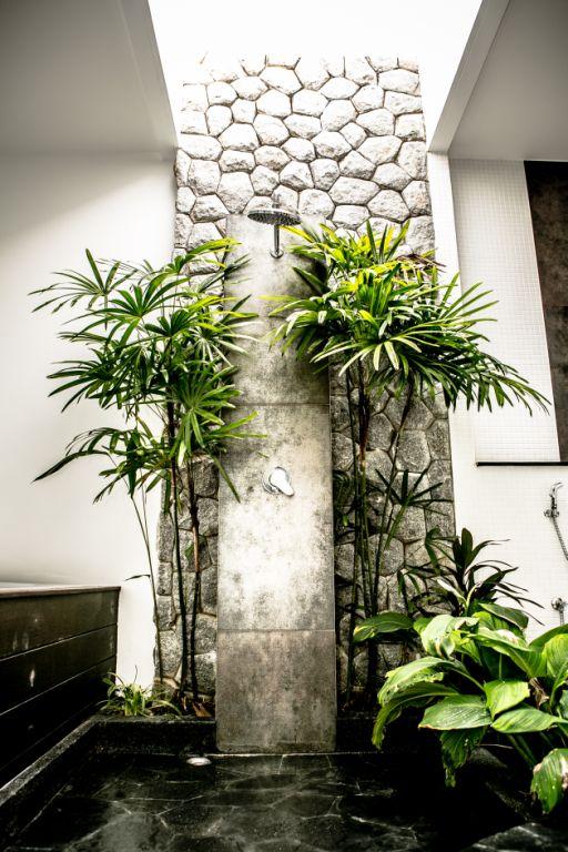 Luxurious Pool Villa For Rent-v1_3295_n.jpg