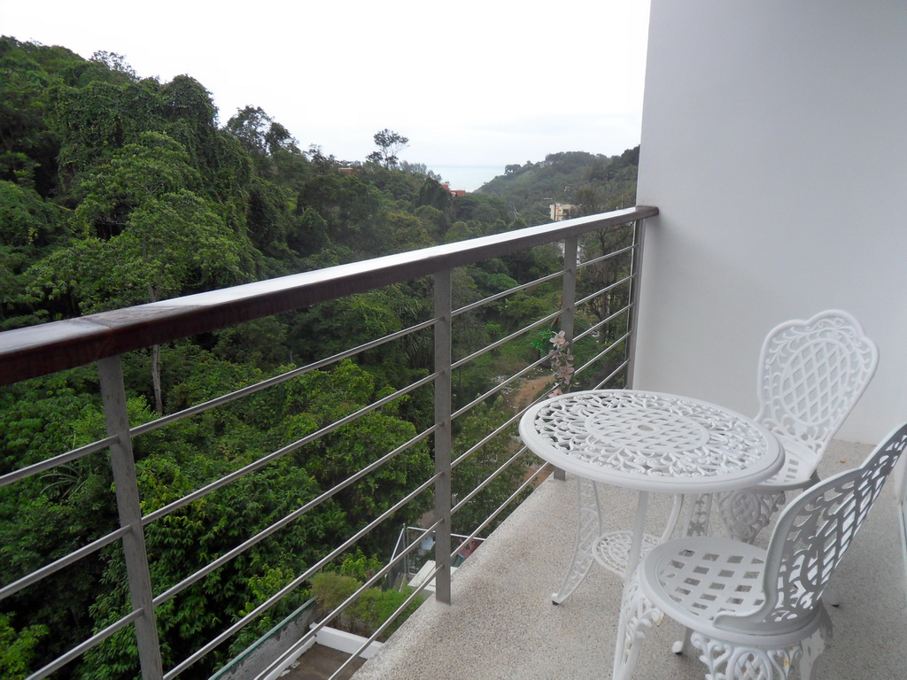 Sea view condominium for rent