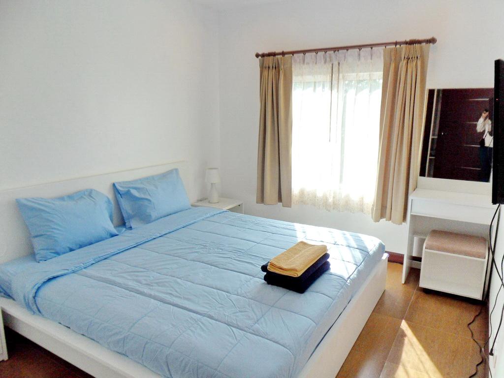 Modern townhouse for rent-v1_5483_hhh.jpg