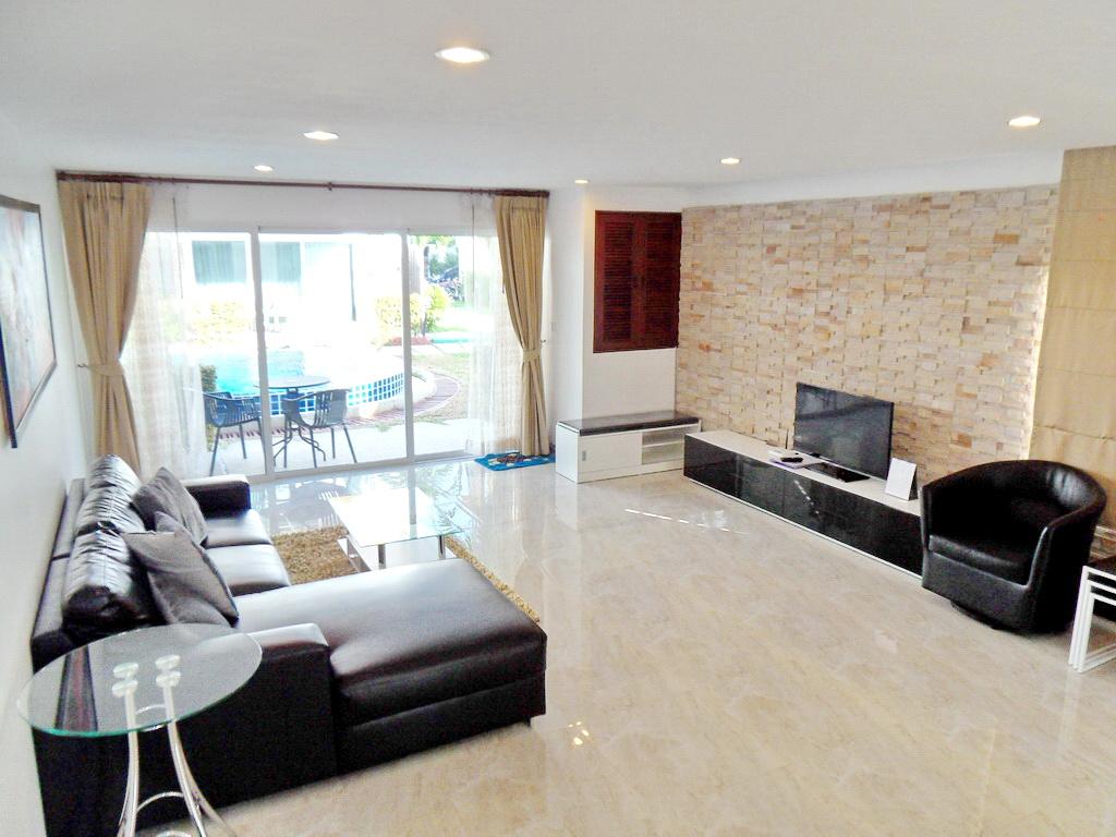Modern townhouse for rent-v1_9062_bbb..jpg