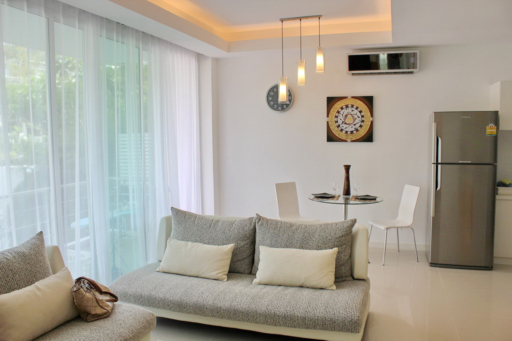 Modern condominium in Kamala for Rent-v1_6086_aa.jpg