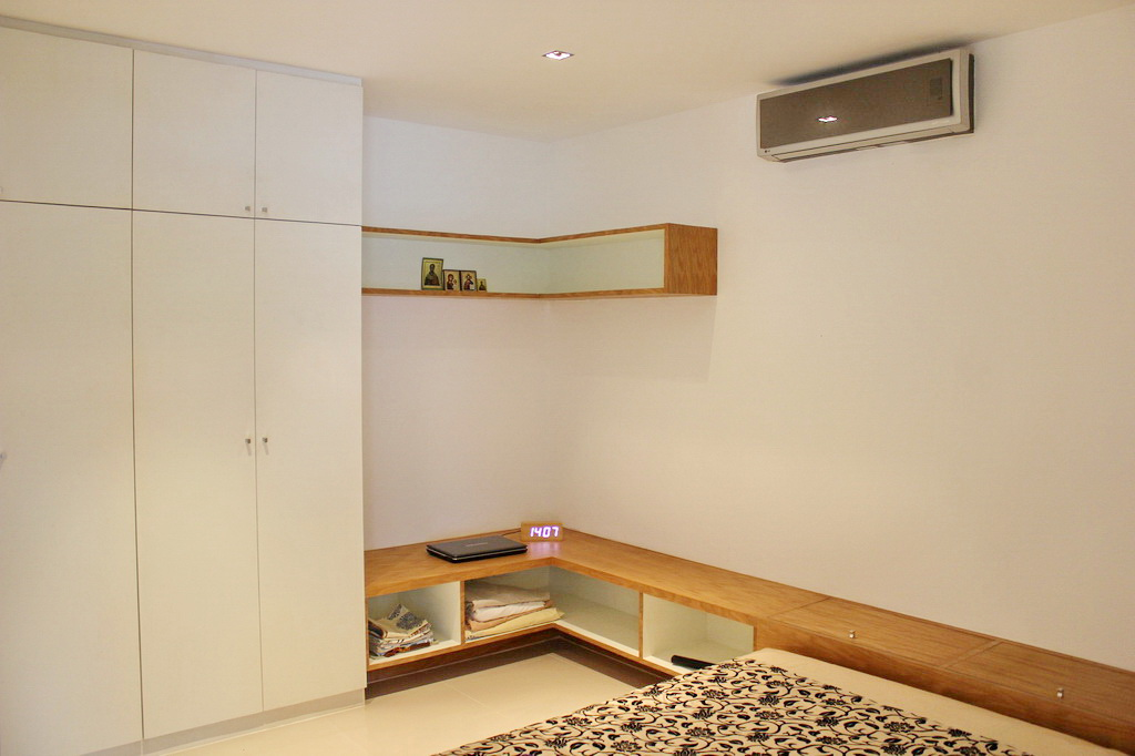 Modern condominium in Kamala for Rent