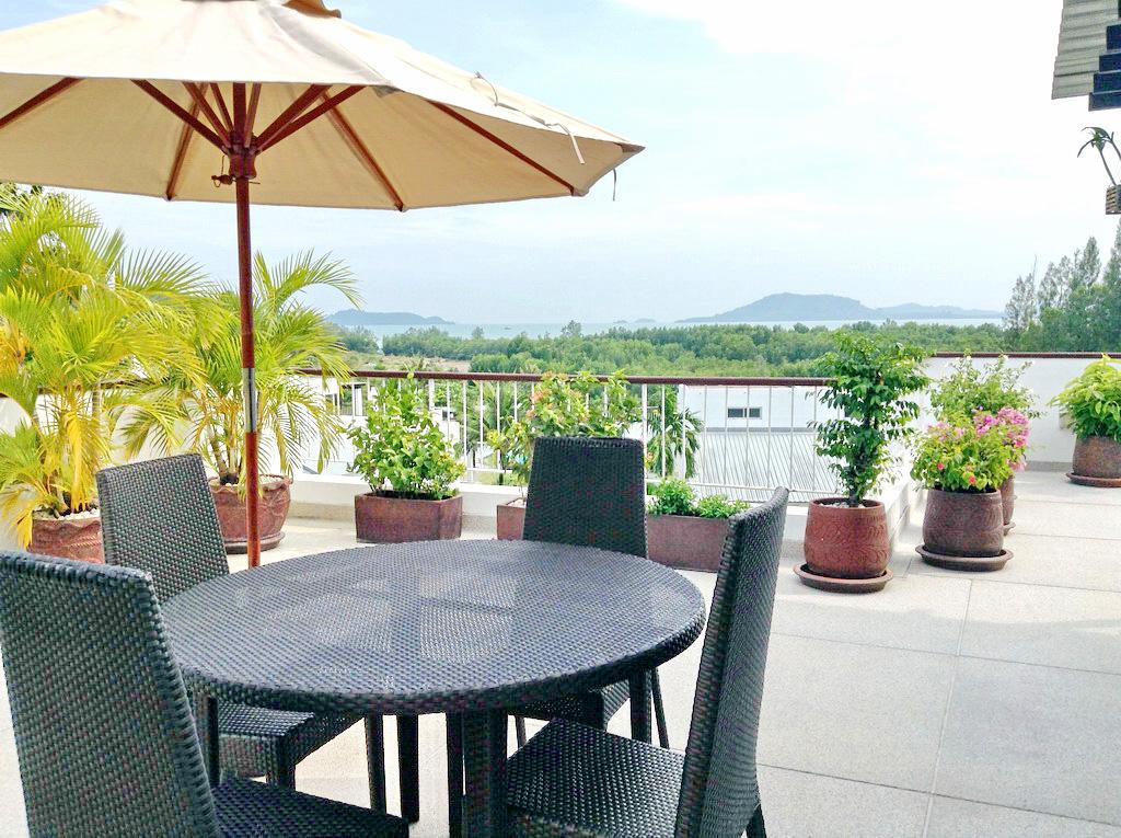 Spacious sea view apartment for sale-v1_2525_a.jpg