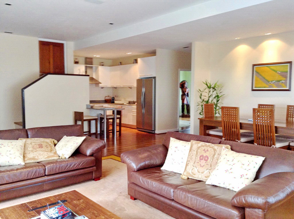 Spacious sea view apartment for sale-v1_2971_aaa.jpg