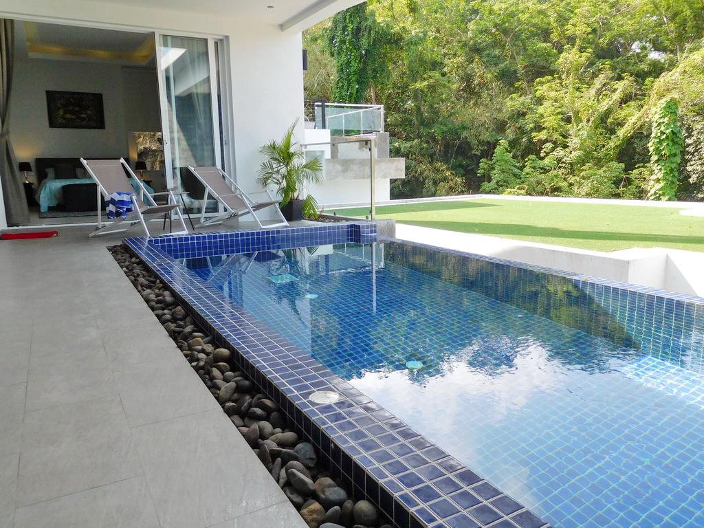Spacious private pool villa for Rent-v1_3557_aa.jpg