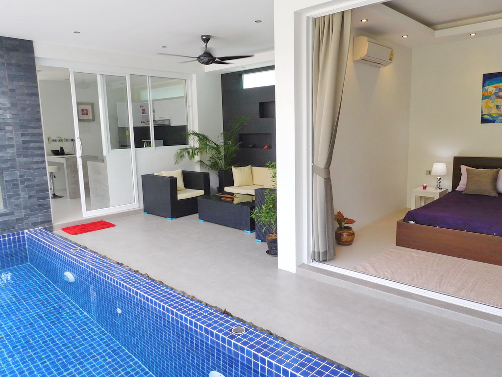 Spacious private pool villa for Rent-v1_7072_c.jpg