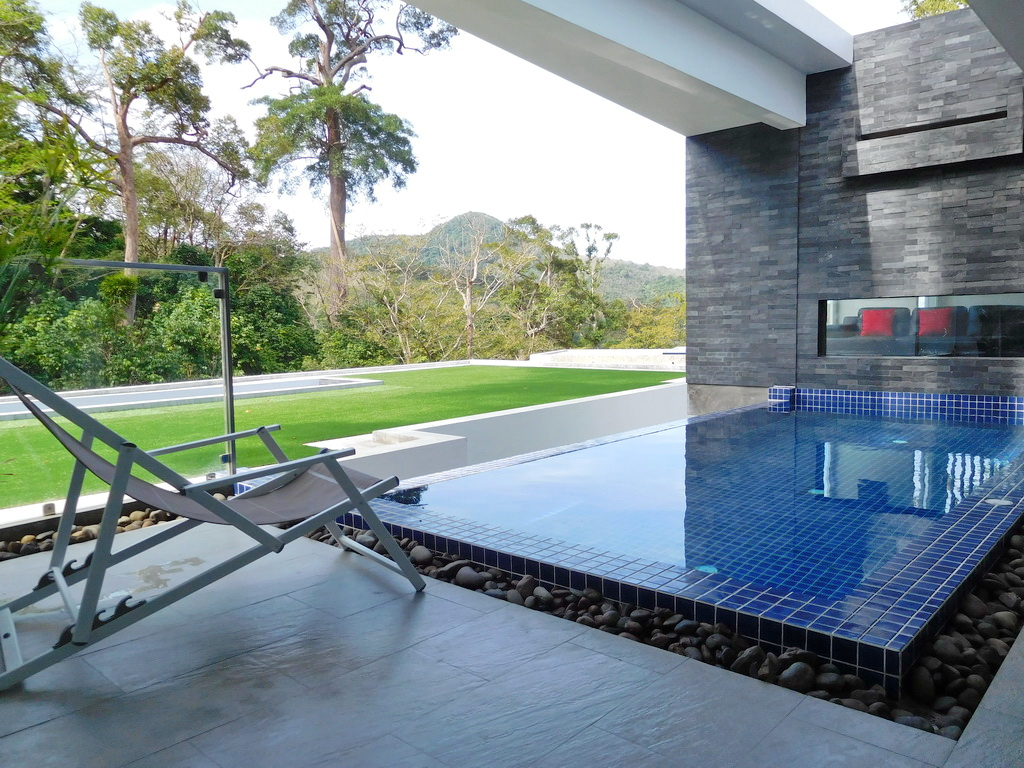 Spacious private pool villa for Rent-v1_9490_a..jpg