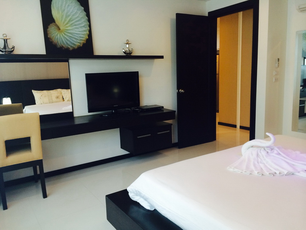 Spacious 1st floor 1 Bed in Kamala for Rent-rkm175-09.JPG
