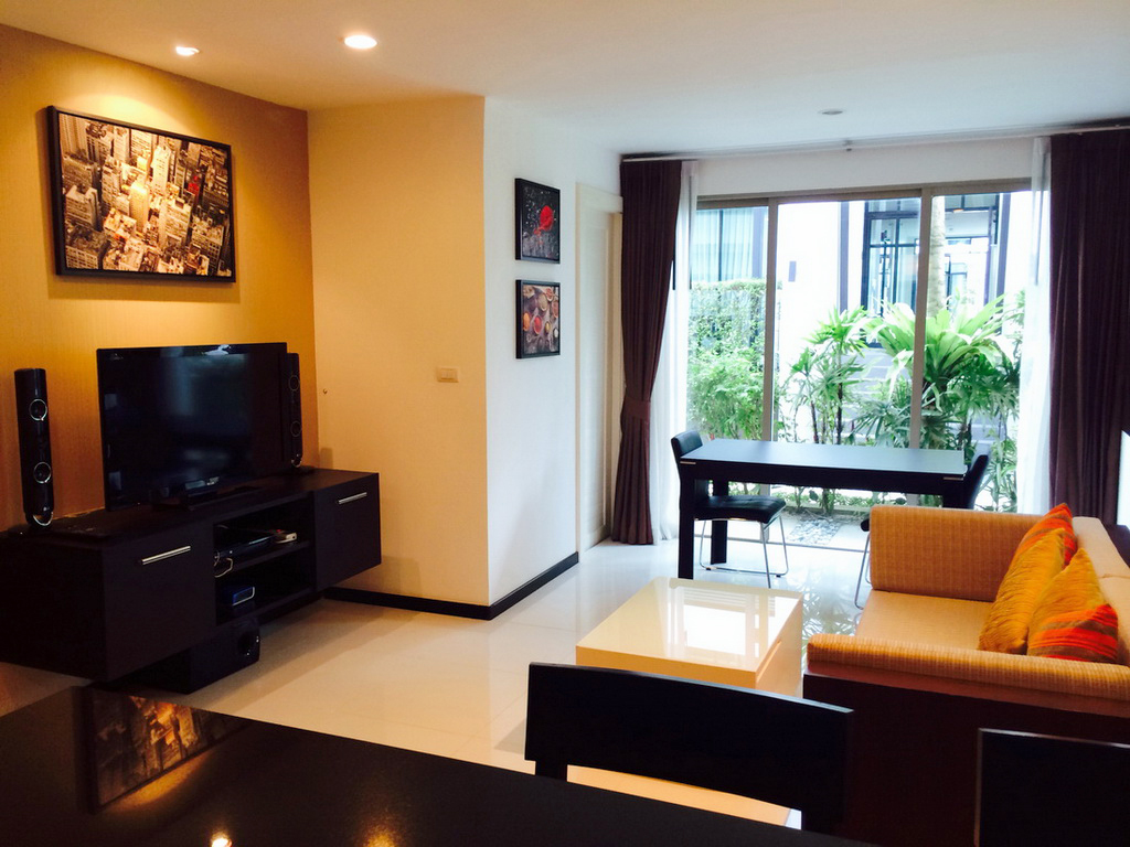Spacious 1st floor 1 Bed in Kamala for Rent-rkm175-02.JPG