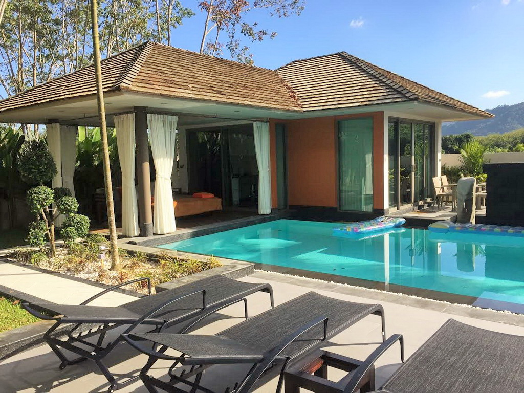 Splendid private pool villa in Cherng talay for Sale-v1_3340_phukettropicalproperty-11.jpg