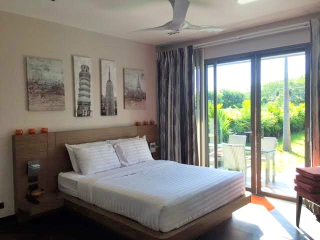Splendid private pool villa in Cherng talay for Sale-v1_8314_phukettropicalproperty-05.jpg