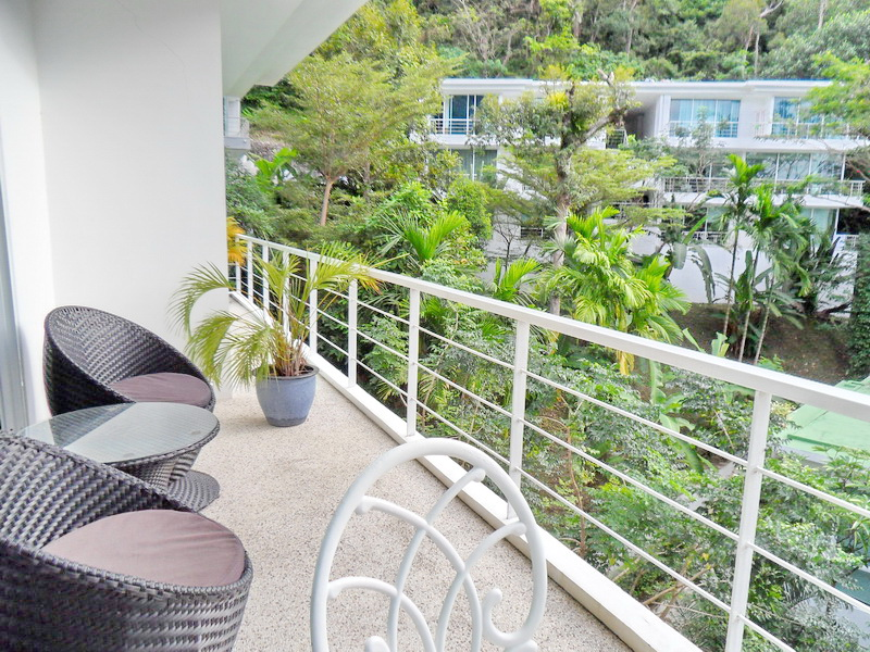 Spacious Modern condo in Kamala for Sale-v1_2174_moderncondoinkamalaforsale-01.jpg
