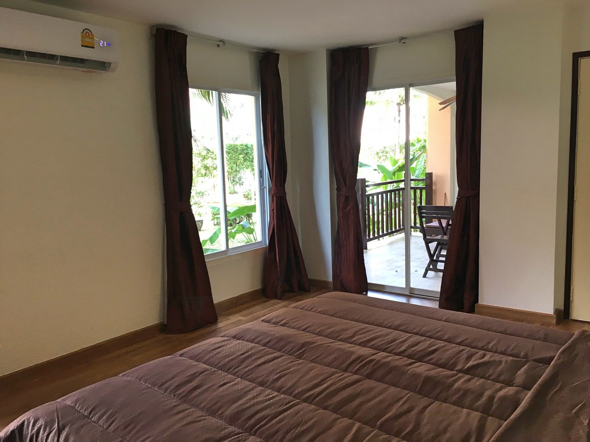 1st floor unit apartment in Nai Harn for Rent-017.jpg
