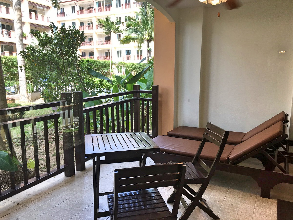 1st floor unit apartment in Nai Harn for Rent-024.jpg