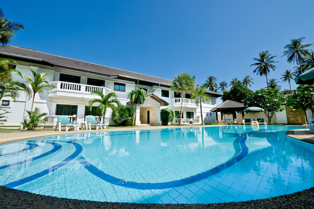 Ample 2 Bedroom Apartment for Sale in Rawai-Pool-Area.jpg