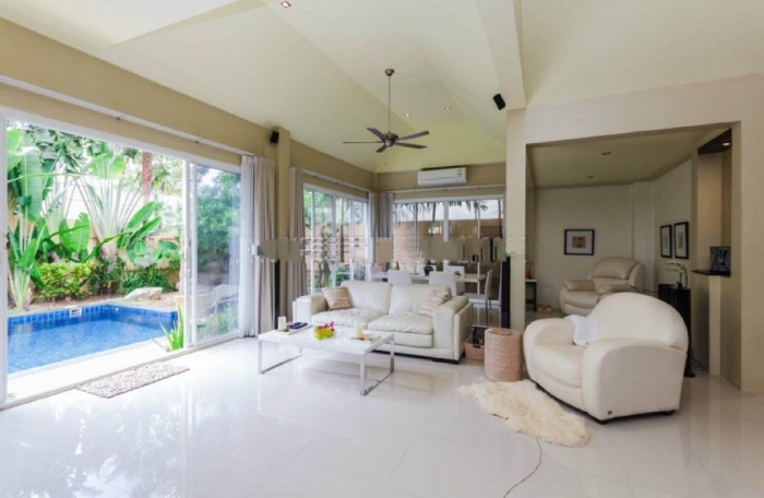 2 bedrooms Pool Villa in Thalang for Rent