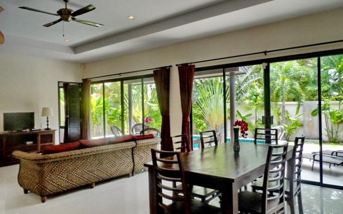 3 Bedrooms Pool Villa in Rawai for Rent-image-thumbnail (5).jpg