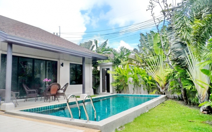 3 Bedrooms Pool Villa in Rawai for Rent-image-thumbnail (1).jpg