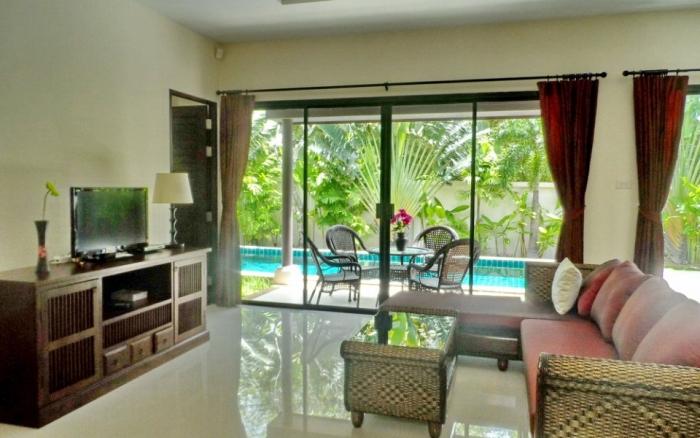3 Bedrooms Pool Villa in Rawai for Rent-image-thumbnail (4).jpg