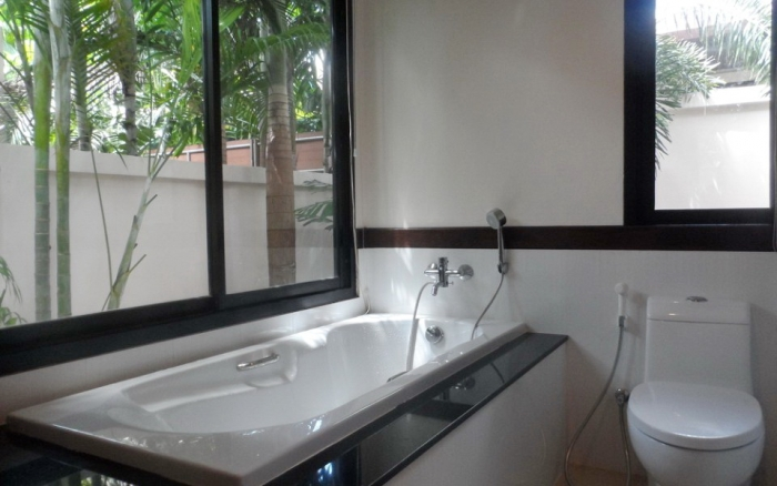 3 Bedrooms Pool Villa in Rawai for Rent-image-thumbnail (13).jpg