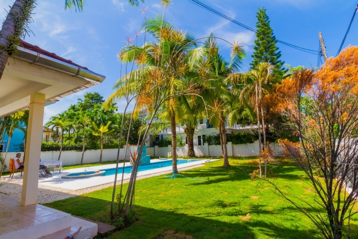 3 Bedrooms Pool Villa in Chalong for Sale