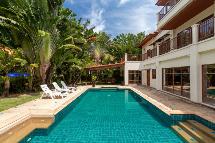 Private Pool Villa in Surin for Sale-5Bedrooms-Villa-Susin-Sale08.JPG