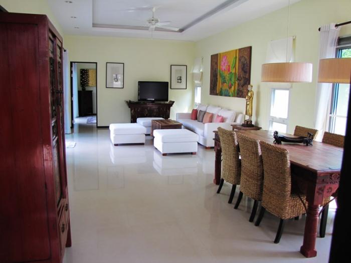 4 Bedrooms Pool Villa in Layan for Rent-4Bedrooms-Villa-Layan-Rent12.jpg