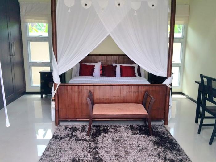 4 Bedrooms Pool Villa in Layan for Rent-4Bedrooms-Villa-Layan-Rent17.jpg