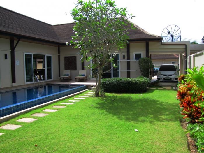 4 Bedrooms Pool Villa in Layan for Rent-4Bedrooms-Villa-Layan-Rent09.jpg