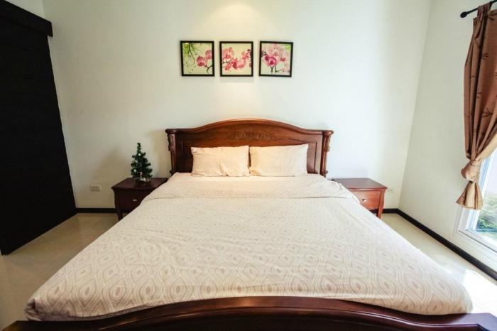 3 Bedrooms Pool Villa in Nai Harn for Rent-3Bedrooms-Villa-Nai Harn-Rent05.jpg