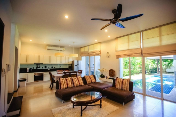3 Bedrooms Pool Villa in Nai Harn for Rent-3Bedrooms-Villa-Nai Harn-Rent04.jpg