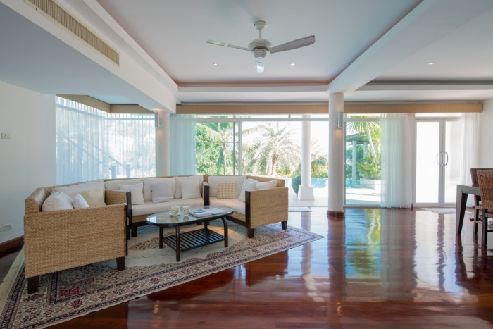 Tropical Pool Villa in Thalang for Sale-5Bedrooms-Villa-Thalang-Sale23_resize.jpg